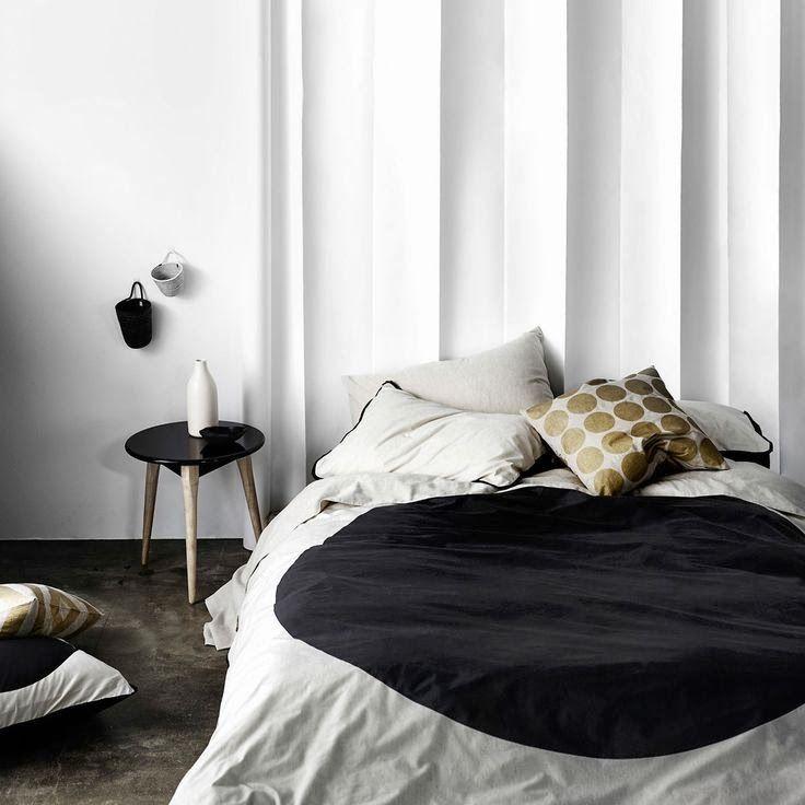 big spot black bedlinen from aura home