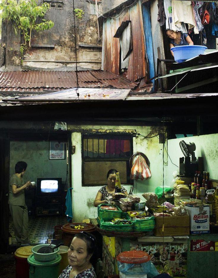 Golvet i Da Nangs saluhall bär spår av den franska kolonialtiden.