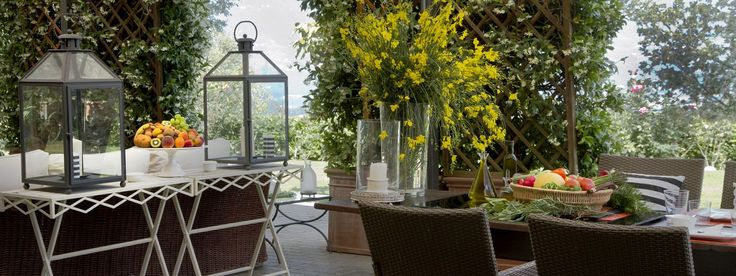 At the Villa Paolina you can completely enjoy silence, privacy and romantic nature surrounded by jasmine and lemon trees in a luxury setting of Tuscan landscapes