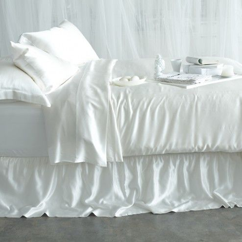 Silk Sheet Sets. 100% Organic Mulberry Sheets. 22 Momme Count. Sleep Silky | www.manitosilk.com