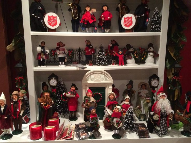17 best images about byers 39 choice carolers store displays on pinterest stirling snow goose for Russell s garden center wayland ma