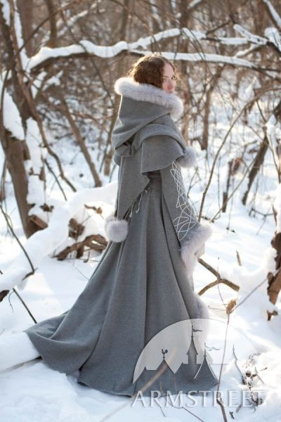 "Great Fantastic coat of gray wool ""Heir of Winter"" from ArmStr …"