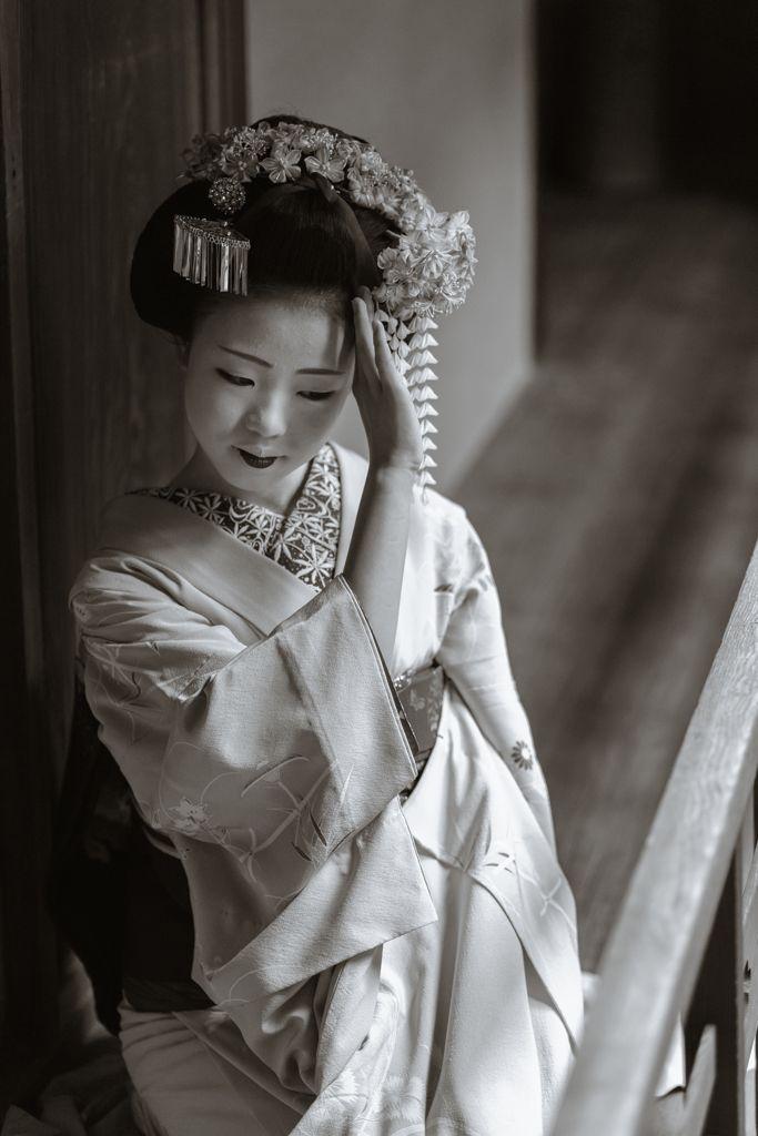 maiko 舞妓 Miyagawacho 宮川町 Kikusana 菊咲奈 KYOTO JAPAN