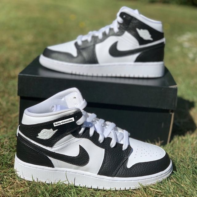 Black and White Nike Air Jordan 1 Mid - JUNIORS/YOUTH SIZES ONLY ...