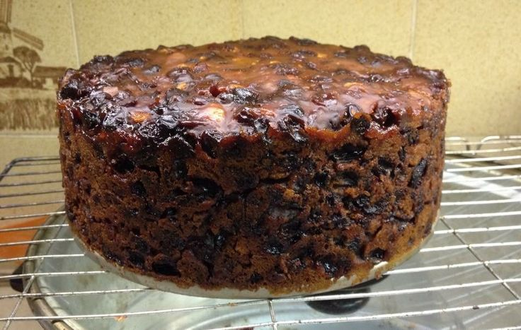 Rich fruit cake (3 ingredient cake) |