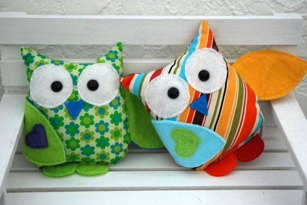 Stuffed owl toy