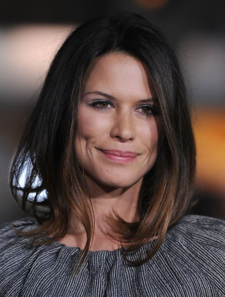 """Rhona Mitra Photos: """"Up in the Air"""" Premiere"""