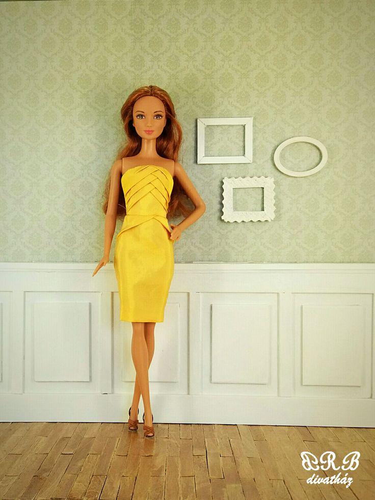 Geometric design for Barbie doll