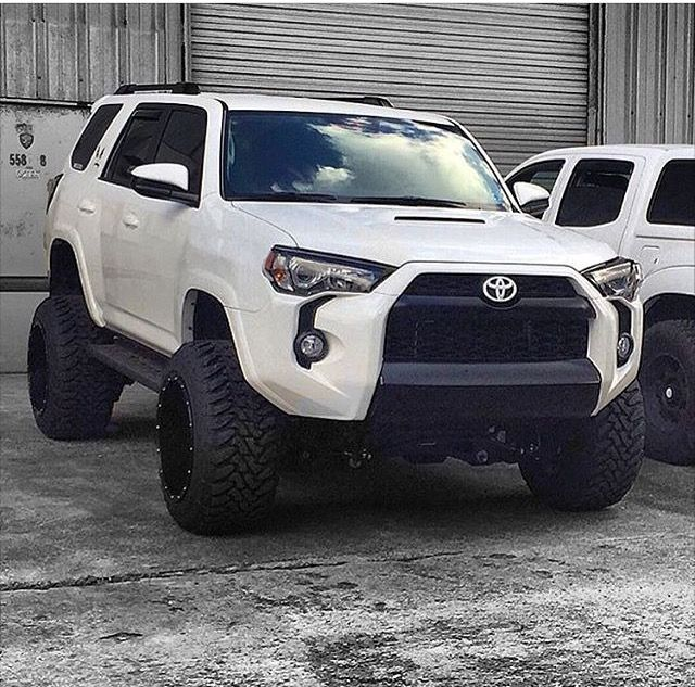 cool Toyota 4Runner                                                                  ... Toyota 2017 Check more at http://carsboard.pro/2017/2016/12/05/toyota-4runner-toyota-2017/
