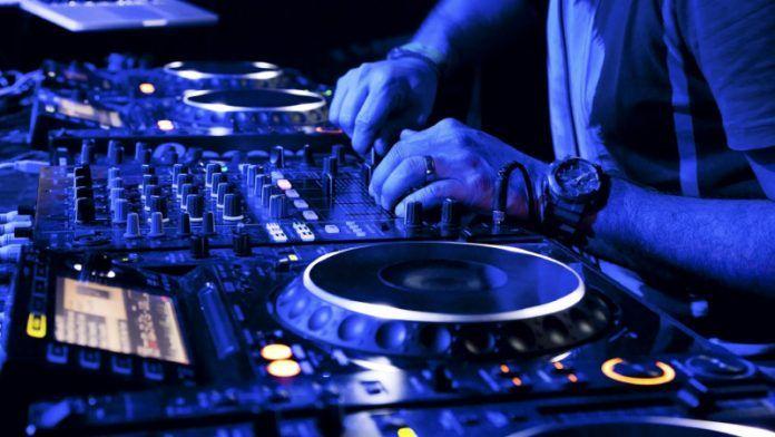 DJ İş İlanları, DJ Arayan Müşteriler gigbi'de