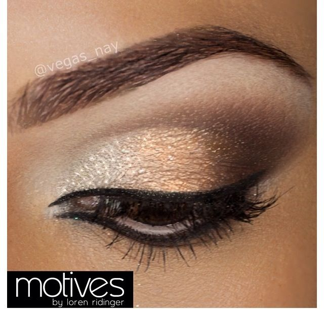 Gold smokey eye | make up | Pinterest