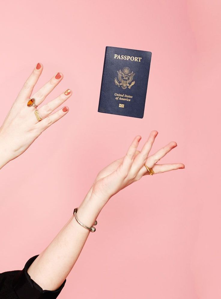 10 Rookie Travel Mistakes — & How To Avoid Them #refinery29  http://www.refinery29.com/travel-mistakes-tips