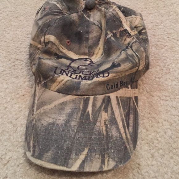 www.pinterest.com/1895gunner/ | Ducks unlimited hat Cute hat for camping or hunting! Accessories Hats
