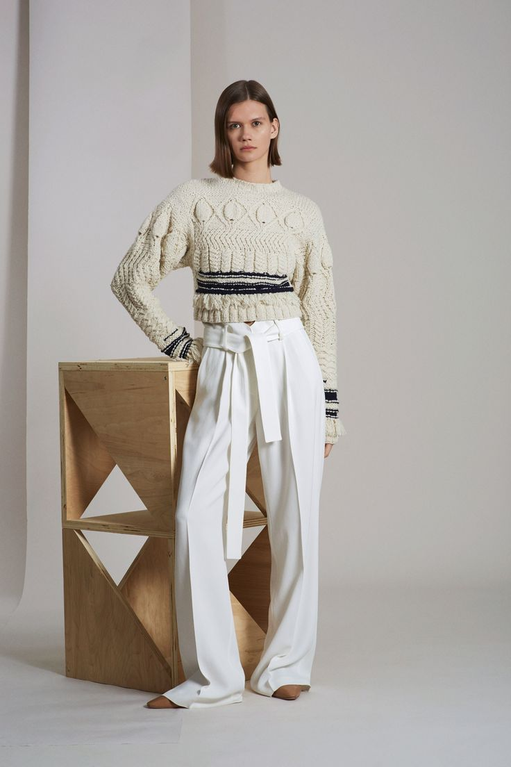See the complete Derek Lam Resort 2018 collection.