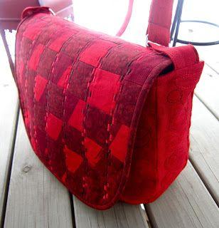 Tilkkureppu: Punainen laukku ja Duudsonit