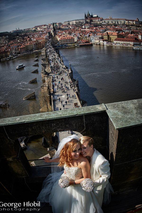 Charles Bridge Tower wedding - Old Town Bridge Tower in Prague - The spectacular venue for wedding in Prague