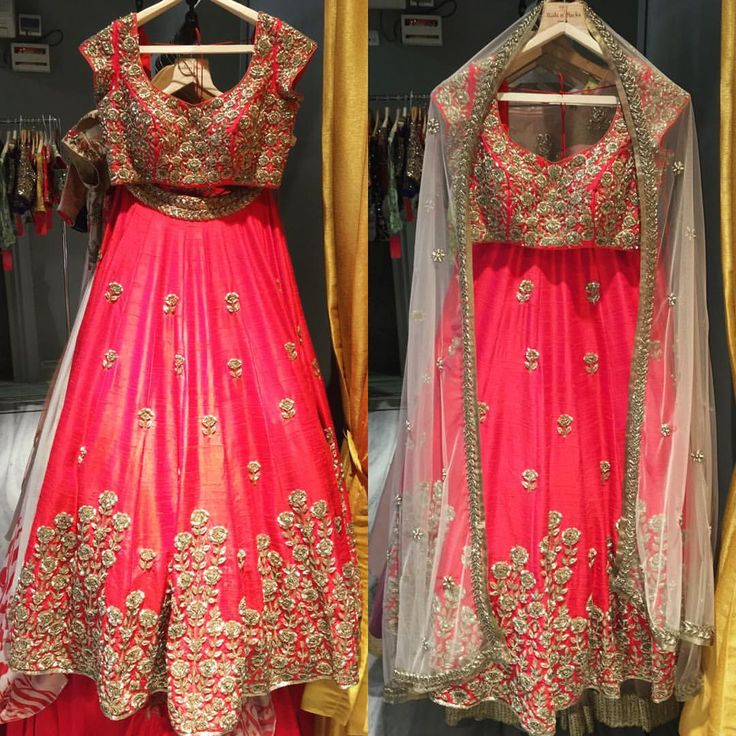 Falling in love all over again with this beautiful lehenga. mrunalinirao mrunaliniraodesign couture trousseau weddings hyderabad studio designer 13 June 2016