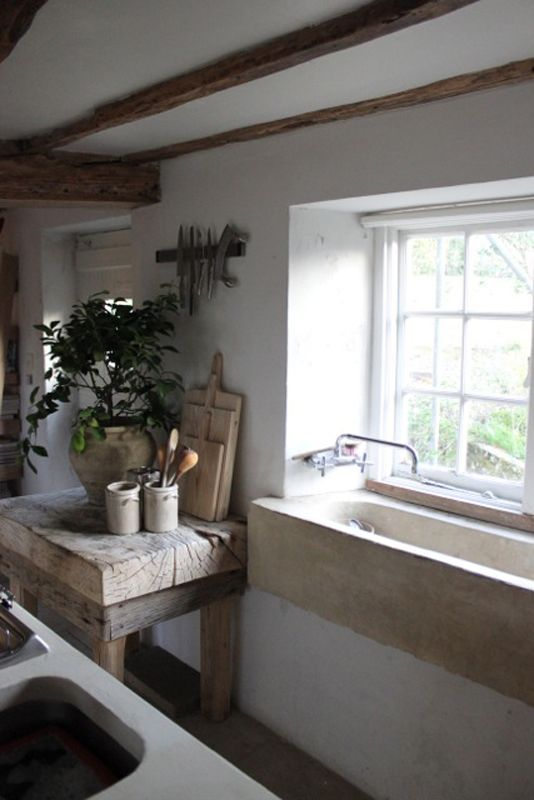 Really like the texture of the wood and the large sink