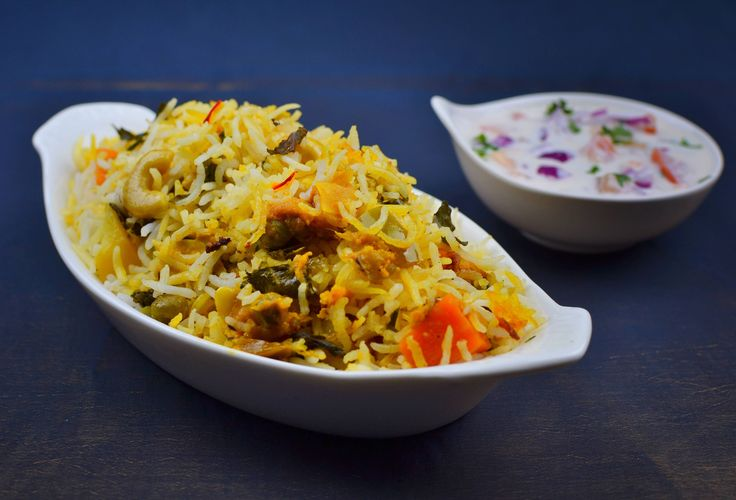 Hyderabadi Vegetable Dum Biryani– a dish from the land of the nawabs – Hyderabad. Having lived in Hydrabad for a couple of years, it's only obvious that you will fall in love with this royal dish. The hyderabadi vegetable dum biryani is made with whole spices and is absolutely aromatic and yum. The Hydrabadi vegetable …