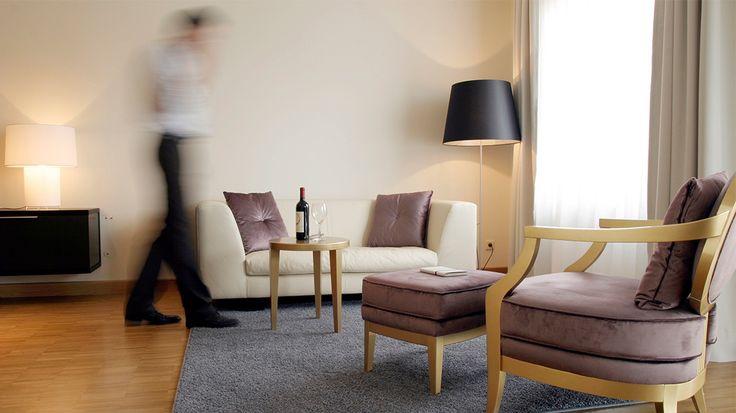 Ideal für Kurzzeit- als auch Langzeitgäste: das Apartment Hotel GOETHE87 in Berlin Charlottenburg. Stilvolle Apartmens & Studios sowie hervorragender Service.