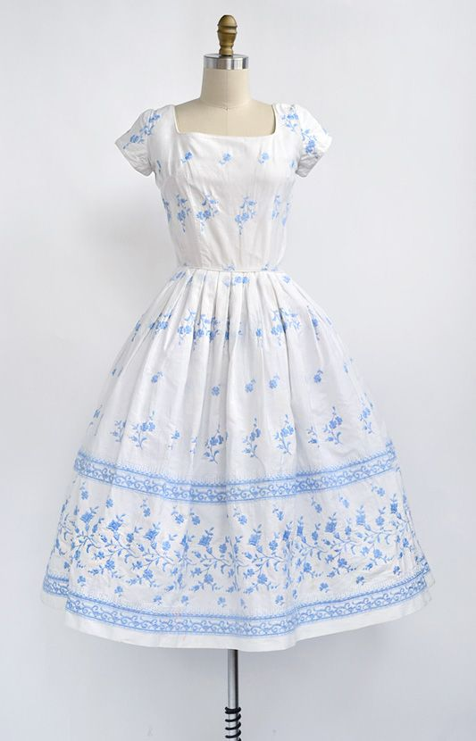 Summer dress vintage style north