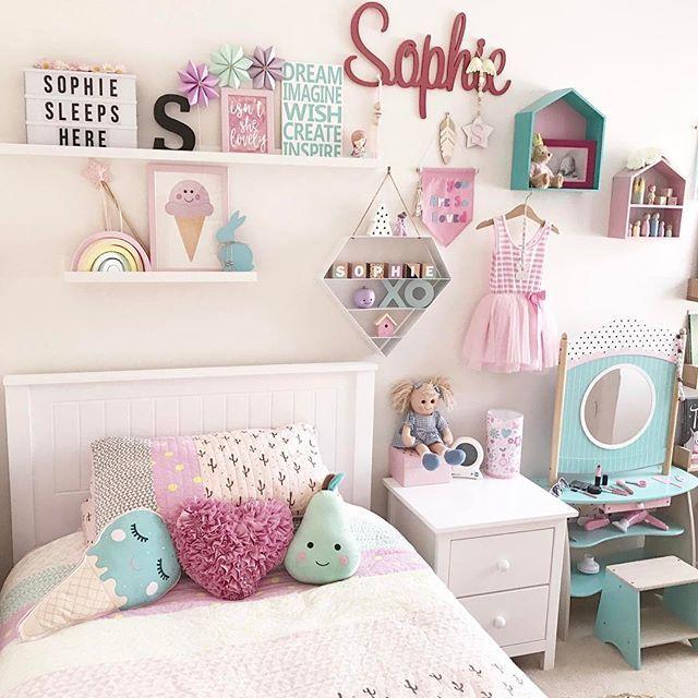 Sophie's room - I'm totally Loving the way the girls rooms are coming together, so much beautiful handmade goodness . . . . . #kidsroomdecor #kidroominspo #kidsroomstyling #shelfiestyling #shelfie #girlsroomdecor #girlsroomstyling #girlsroominspo #kidsofinstagram #mumswithcameras #mumsofinstagram #mumsofinsta #clickinmoms #pastel #rainbow #kidsroomprints #pastelloving #supporthandmade #kmartstyling #kmartkidsdecor #getinspiredshare #kmartaddictsunite #iheartkmart #adairsbedding…