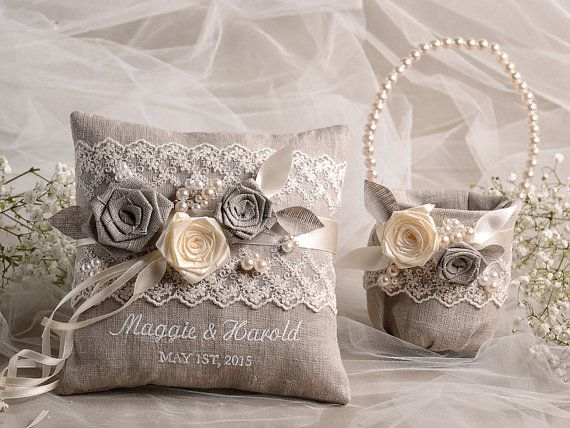 Flower Girl Basket & Ring Bearer Pillow Set di forlovepolkadots