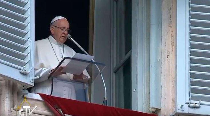 O Papa Francisco enviou uma carta comovente escrita a mão para um soldado que ele conheceu na Colômbia, o qual ficou com deficiência devido à guerra