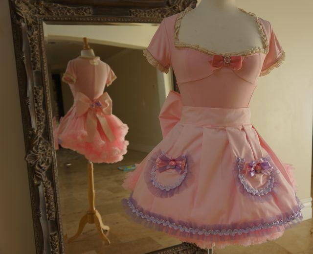 Stunning Bridget us Couture Handmade ucsweet ud Hostess aprons debut at Sugar Factory in Las Vegas