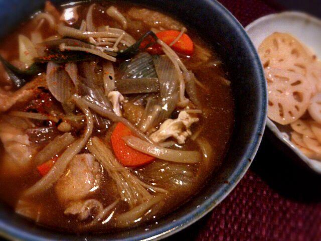 寒くなってきました。名古屋人にはやっぱコレだがね! - 2件のもぐもぐ - 味噌煮込みうどん、レンコンの炒め酢 by chee0611