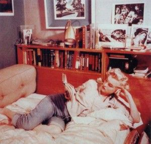 Link to the blog for a list of the books in Marilyn Monroe's Personal Library | ES Updates