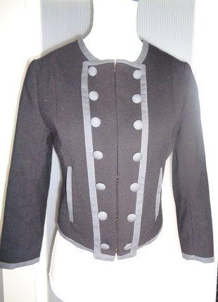 À vendre sur #vintedfrance ! http://www.vinted.fr/mode-femmes/autres-manteaux-and-vestes/30590437-veste-courte-esprit-vintage-h-et-m-taille-xs-34-et-petit-36