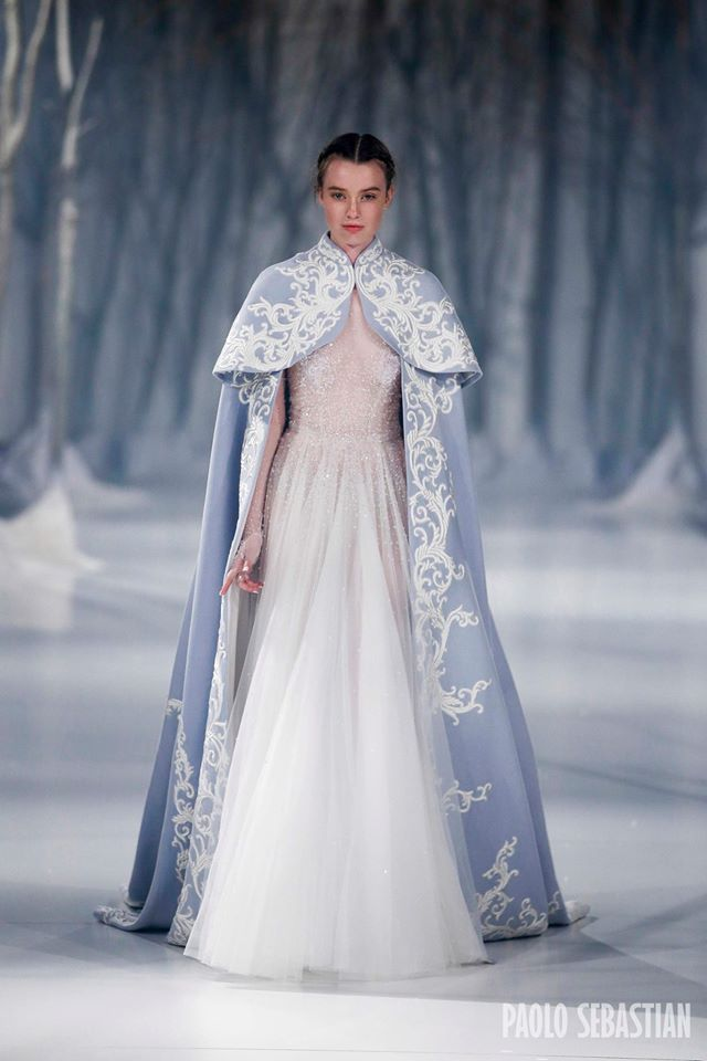 If I were an ice queen, this is what I would wear. It is perfect. (Paolo Sebastian 2016 F|W Couture) xx
