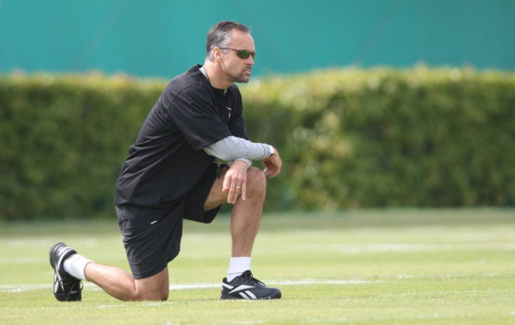 Saints hire Mike Nolan as new linebackers coach = The New Orleans Saints have hired a new linebackers coach in Mike Nolan, plucking him from the ranks after having served as a SiriusXM radio co-host. Nolan…..