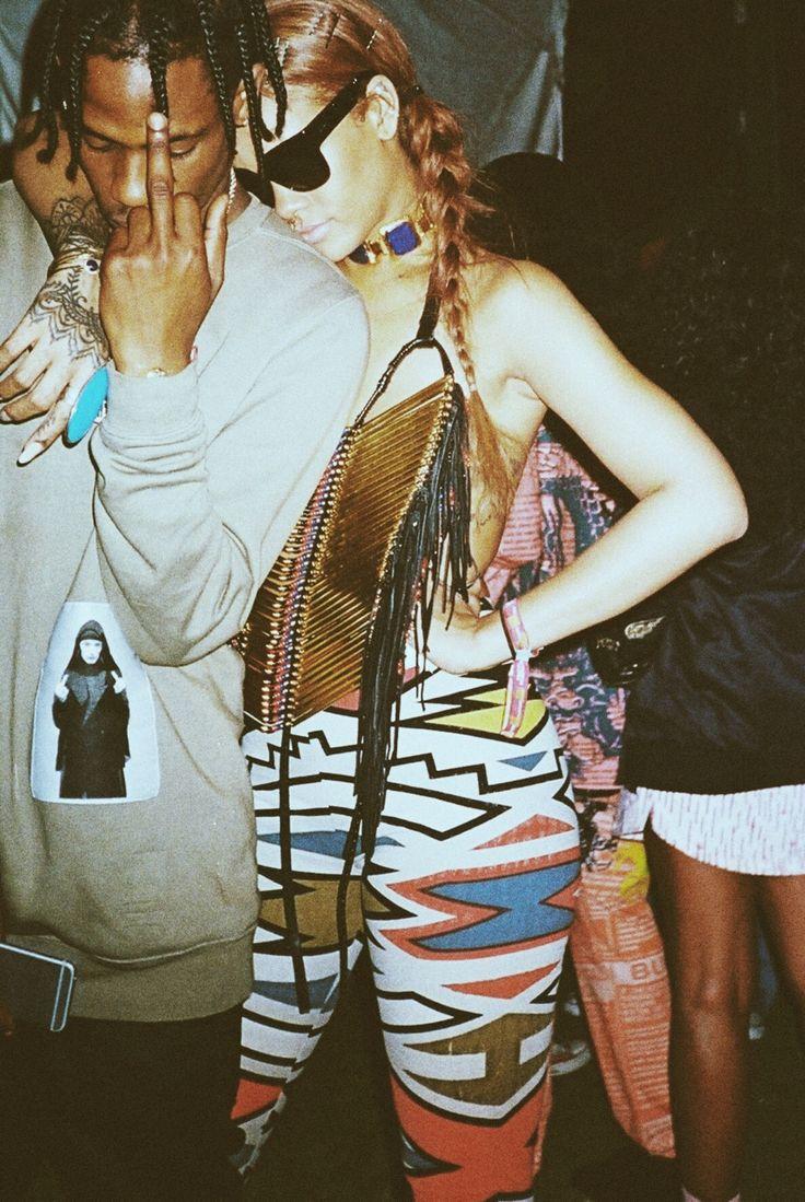 Rih & Travis $cott