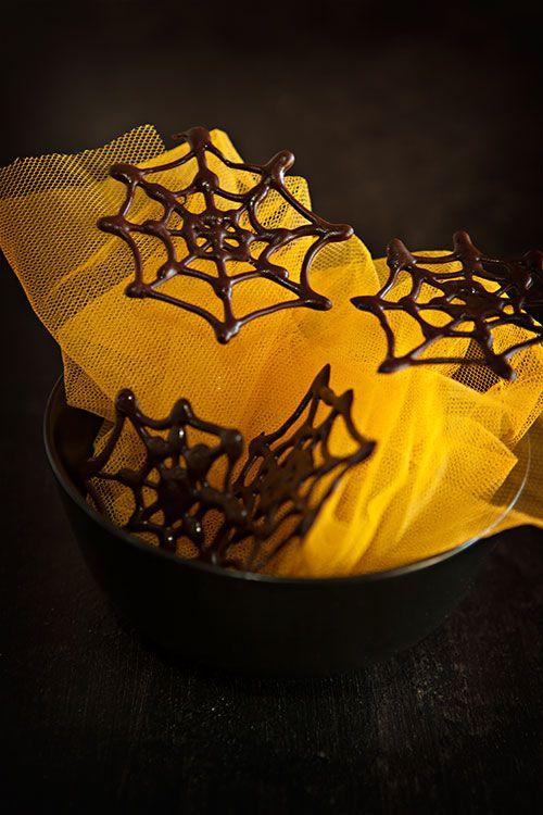cómo hacer telas de araña con chocolate