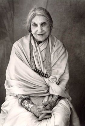 """Artist Beatrice Wood. What an inspiration ❤ Her most productive years were from age 80 to 105. """"I owe it all to art books, chocolate and young men."""""""