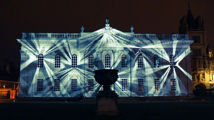 E-luminate 2015 | Ross Ashton's light projection at the Senate House. Photo: Sir Cam.