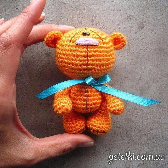 Маленькие мишки крючком. Описание вязания