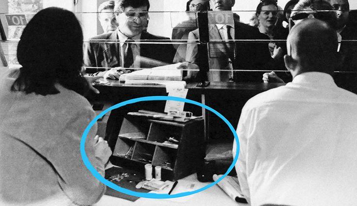 La Box à Champagne à l'origine, en situation sur les hippodromes. Il s'agit des anciennes caisses comptables pour les paris transformées en trés jolies mini bibliothèque à Champagne pour une déco chez toi unique. Redorée à la feuille d'or véritable 24 carats et numérotée sur 200. CLICK sur l'image pour en savoir plus! #boxachampagne