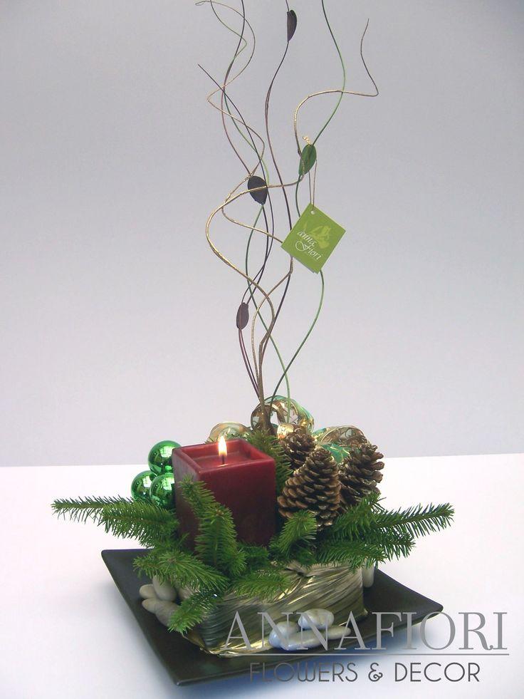 Arreglo Floral centro de mesa navideño con vela roja cuadrada - Annafiori