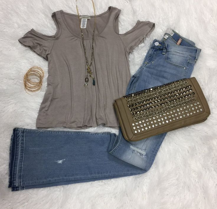 Cold Shoulder Cutie Top from privityboutique