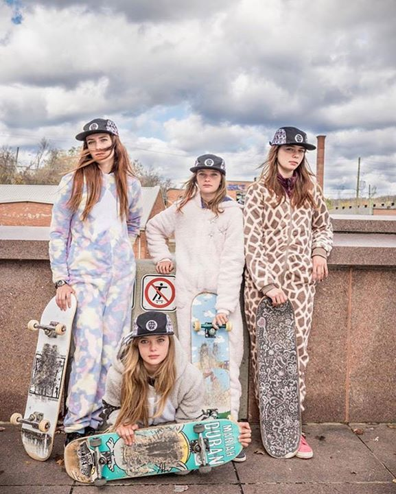 #Repost @blacksmithpat  Halloween with @skateboardsforhope in @headster.kids caps #positivedisruption #girlsempowerment #kidstagram #halloweencostume #millenials #pyjamasparty #skateist #skatepunk #skatepark #urbanoutfitters #sometimesyouwin #worldcupskateboarding #mcauliffesisters #Ambassadors #changeagents #skateboarding #skaterat #godmotherapproved [Photo by @blacksmithpat ] #powerful #intense #significant #harvestfestival #harvest #fallfashion http://ift.tt/2zmiC7v