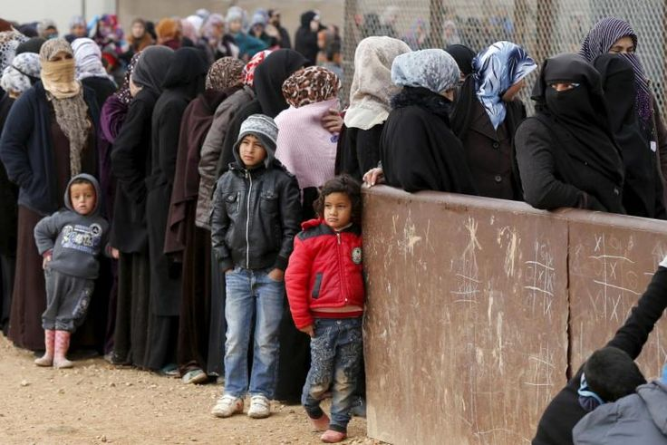 The UN refugee agency said Friday that nearly a half-million people who were displaced within Syria due to its civil …