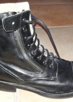 Kaufe meinen Artikel bei #Kleiderkreisel http://www.kleiderkreisel.de/herrenmode/stiefeletten/142384059-coole-schwarze-boots-von-zara-gr-40-herren-jungs