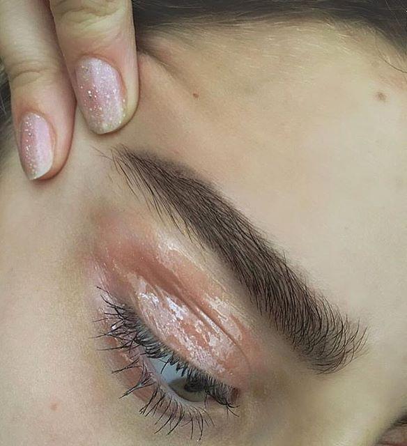 Eye gloss makeup @jacintachiang