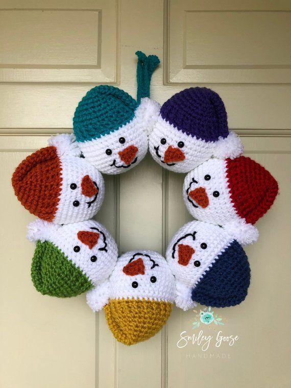 Snowman Wreath Snowman Door Hanger Holiday Wreath Christmas Wreath Holiday Decor Christmas Deco Christmas Crochet Patterns Crochet Crafts Christmas Crochet