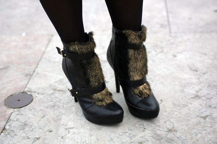 As botas são da Zara, também personalizadas por Sandra.
