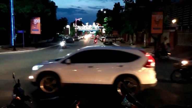 kampong cham fork roads at night - time lapse video - time lapse night -...