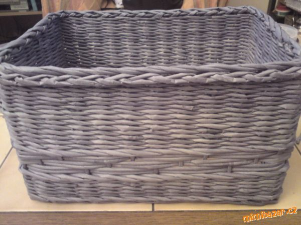 Pletení z papíru založení osnovních ruliček první řada střídání vzorků uzavírka od Myšandy
